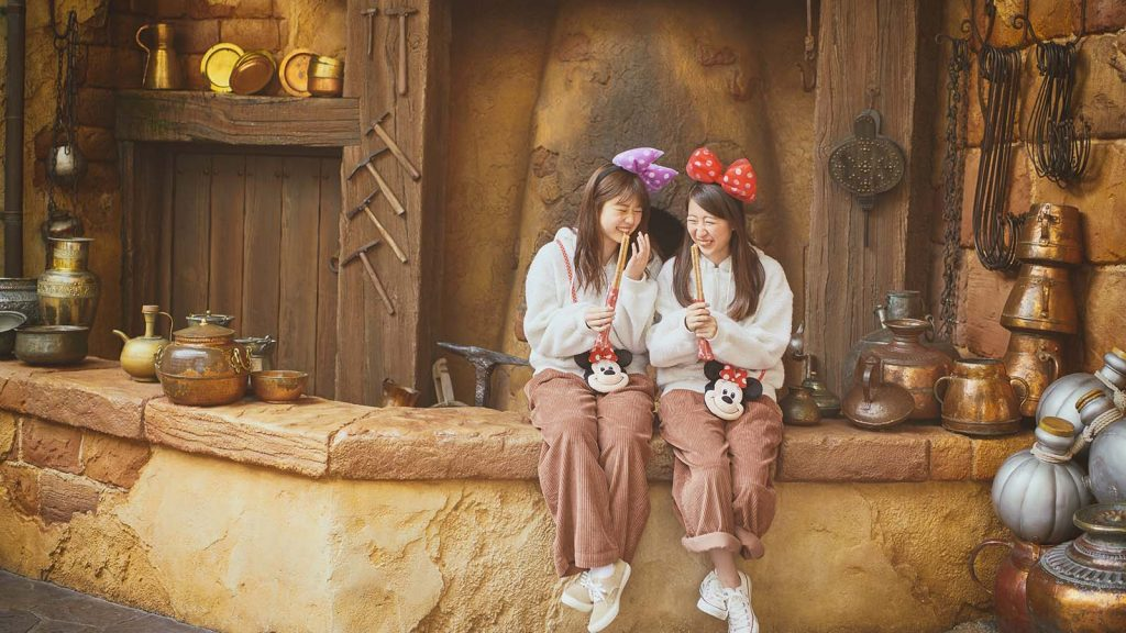 How to buy Tickets at Tokyo DisneyLand and DisneySea in Japan