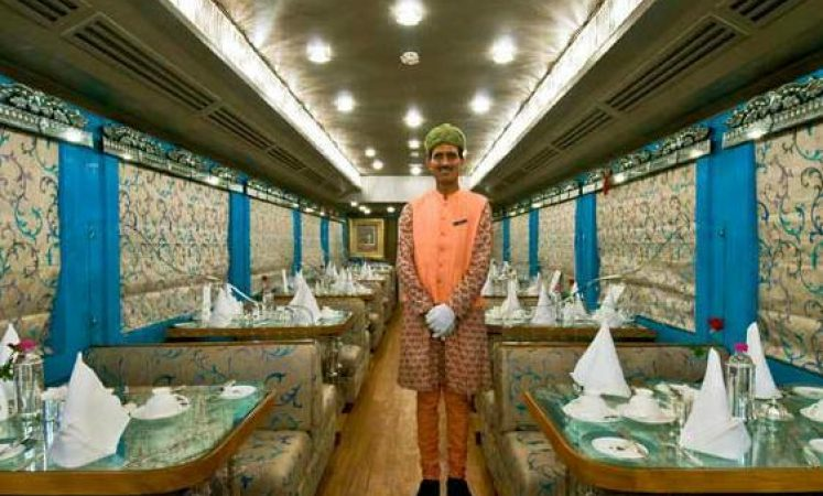 Palace on Wheels Restro Lounge Sheesh Mahal